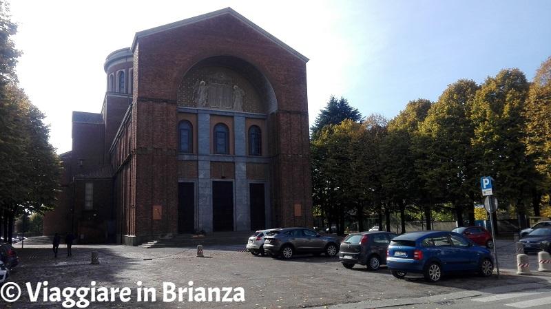 Film girati in Brianza, Il Posto: la Chiesa di Santa Maria Nascente a Meda