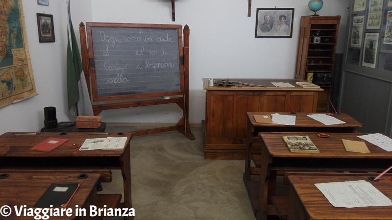 L'aula scolastica del Museo del Novecento di Carugo