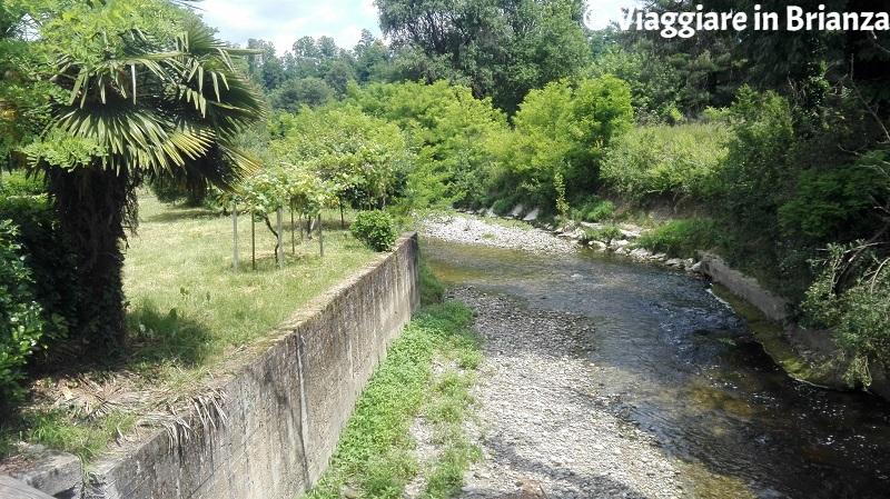 Sentiero 2 del Parco della Brughiera, il fiume Seveso
