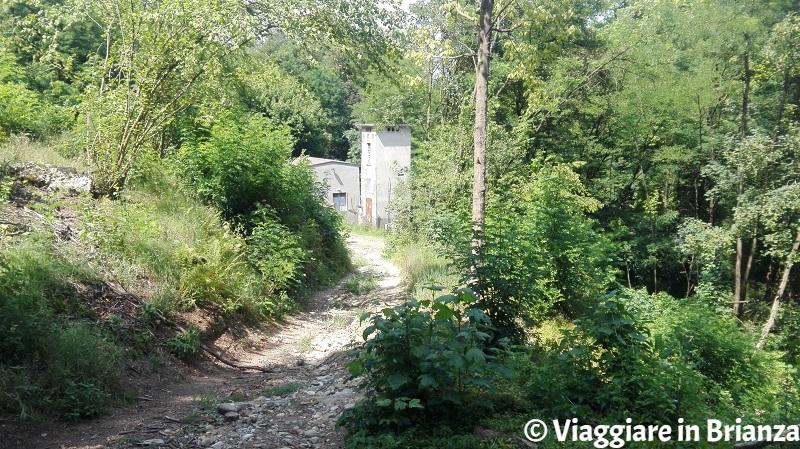 Centralina Enel sul sentiero 9 del Parco della Brughiera