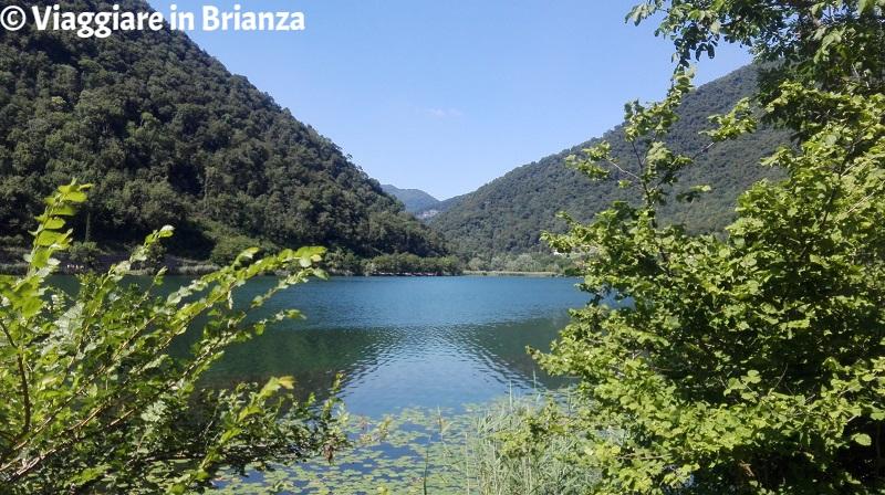 Fare il bagno al lago in Lombardia, il lago del Segrino