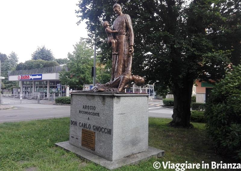 Cosa fare ad Arosio, la statua di Don Gnocchi