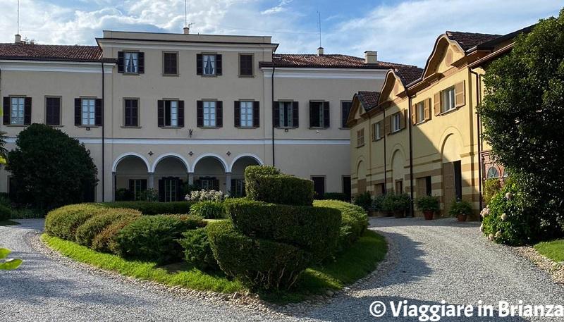 Cosa fare a Montorfano, Villa Barbavara