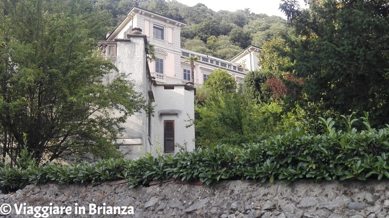Cosa fare a Montorfano, Villa Mandelli