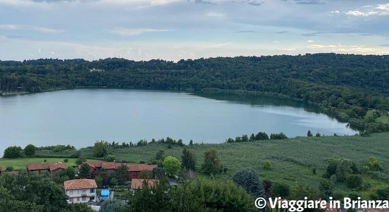 La vista sul lago di Montorfano da via Mandelli