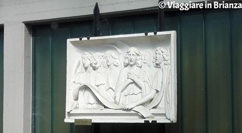 Cosa fare a Renate, la scultura di Alfredo Sassi