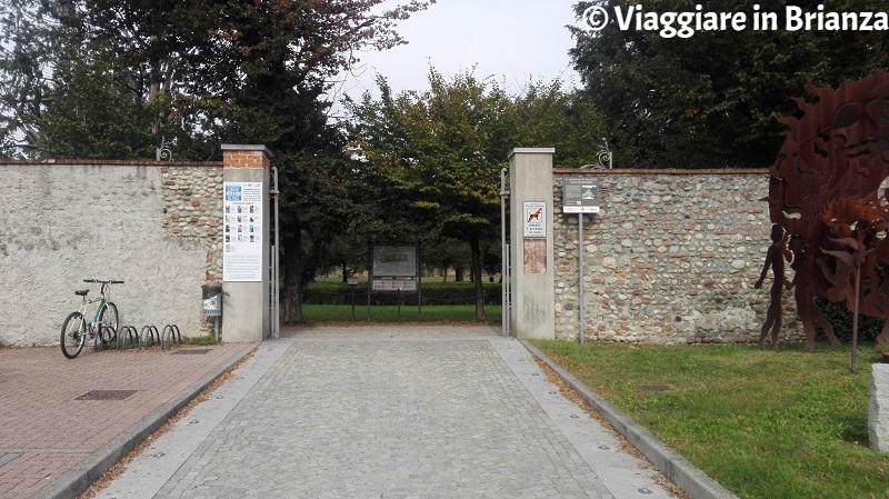 L'ingresso di largo D'Immè al Giardino Arese Borromeo
