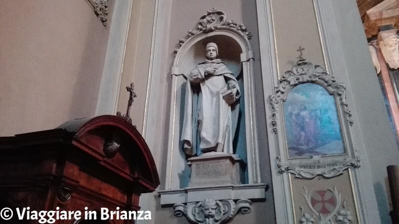 La statua di San Tommaso d'Aquino nel Santuario di San Pietro Martire