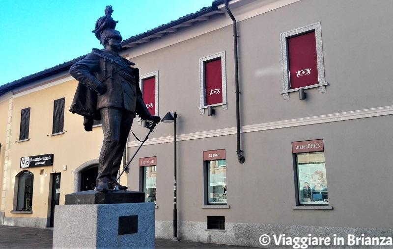 Cosa fare a Seregno, la statua di Umberto I