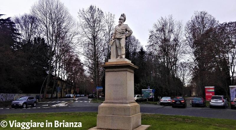 Cosa fare a Monza, il Monumento a Vittorio Emanuele
