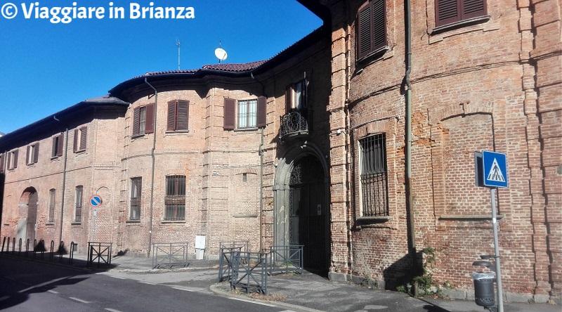 Cosa fare a Monza, Villa Crivelli Mesmer