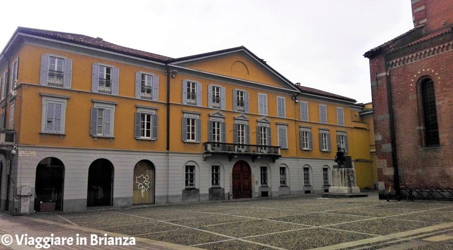 Cosa vedere a Monza, Palazzo Scanzi