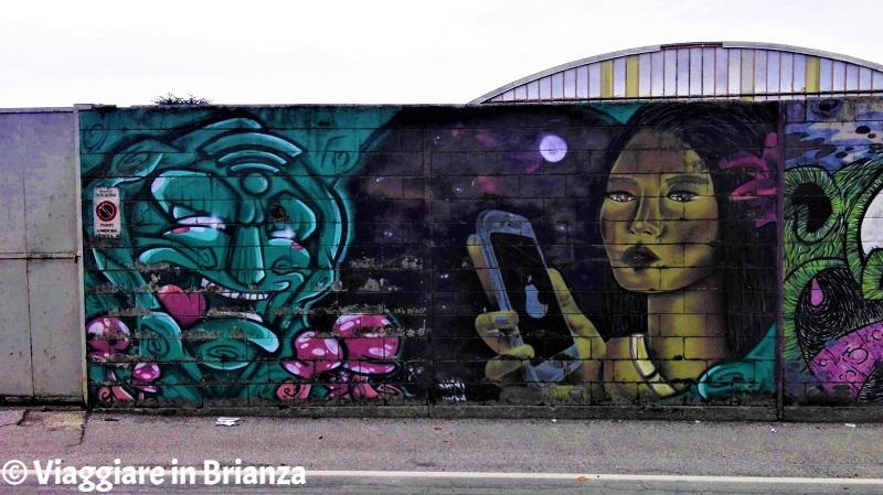 Il murales a Barlassina con Pocahontas e Nonna Salice