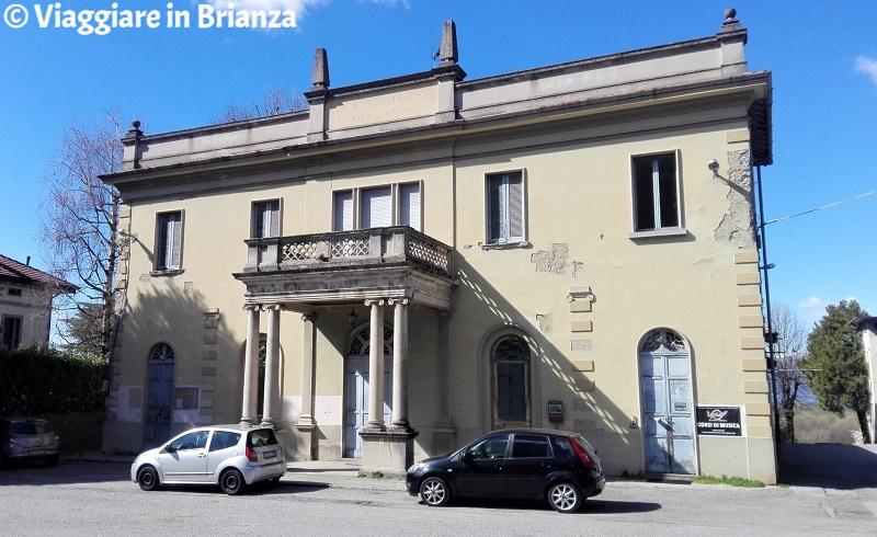 Cosa fare a Barzanò, l'ex Casa del Fascio