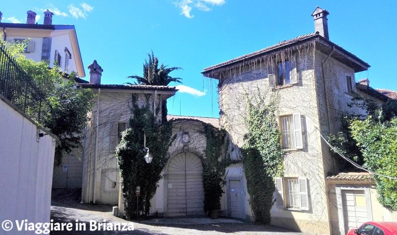 Cosa fare a Barzanò, Villa Nava della Porta