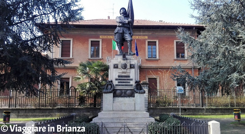 Cosa fare a Lesmo, il Monumento ai Caduti