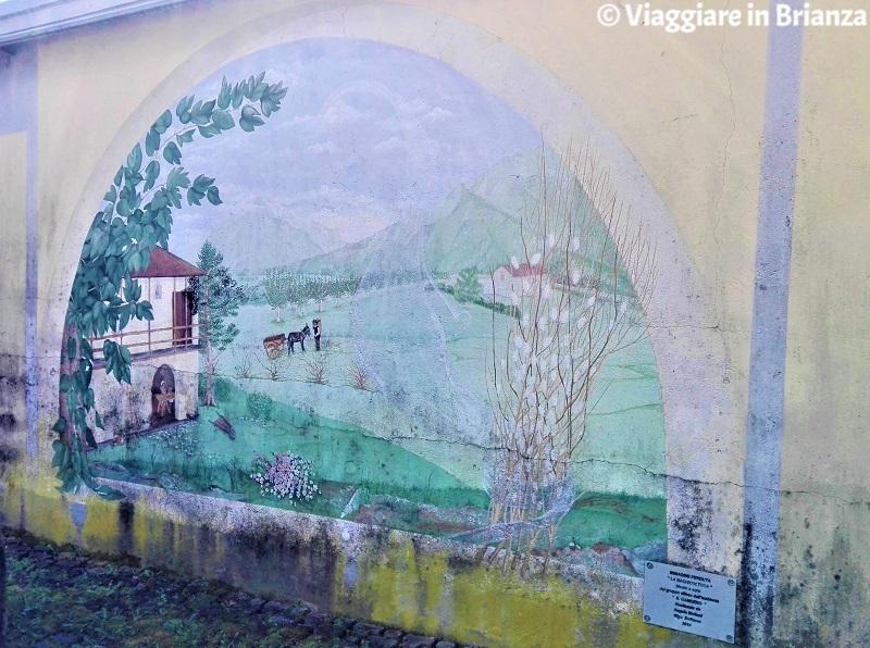 Cosa vedere a Capiago Intimiano, il murales La bachicoltura