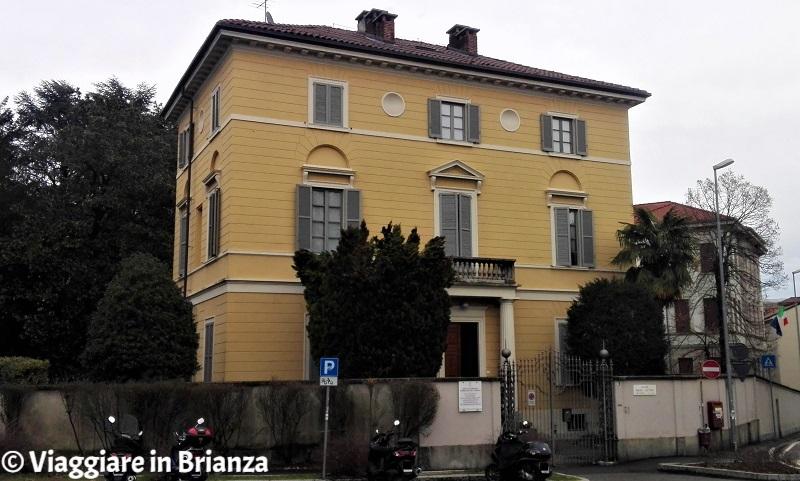 Cosa vedere a Monza, Villa Cattani