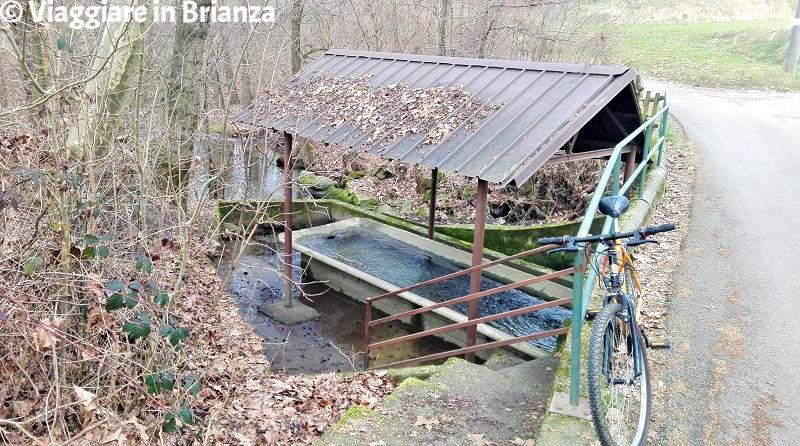 Il lavatoio sul torrente Gambaione a Cremella