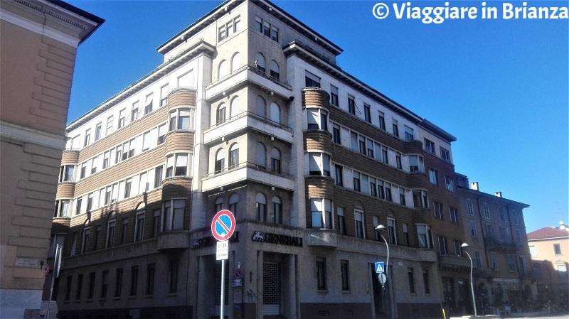 Il Palazzo I.N.A. a Monza