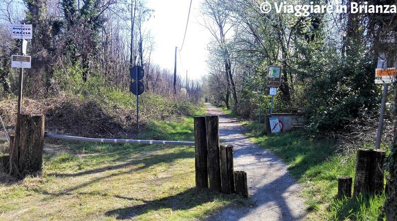 La pista ciclabile 22 del Parco delle Groane in via Brigata Sassari
