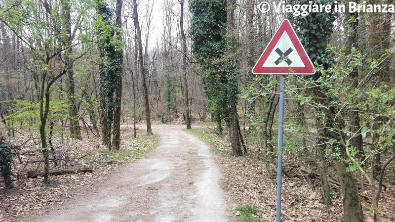 Il quadrivio del sentiero 28 del Parco delle Groane a Barlassina