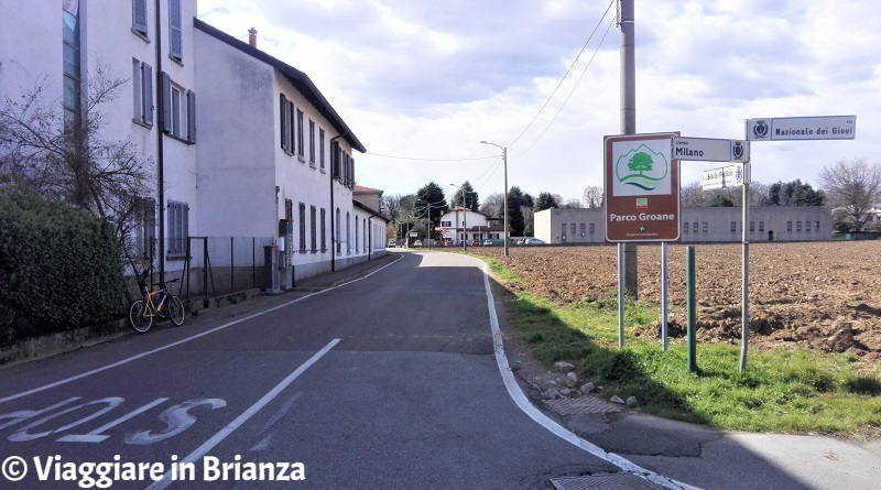Il sentiero 28 del Parco delle Groane in via Pellico a Barlassina