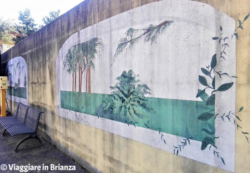 Cosa fare a Lesmo, i dipinti di piazza Garibaldi
