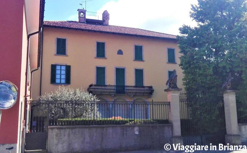 Cosa fare a Veduggio con Colzano, Villa Besozzi Valentini
