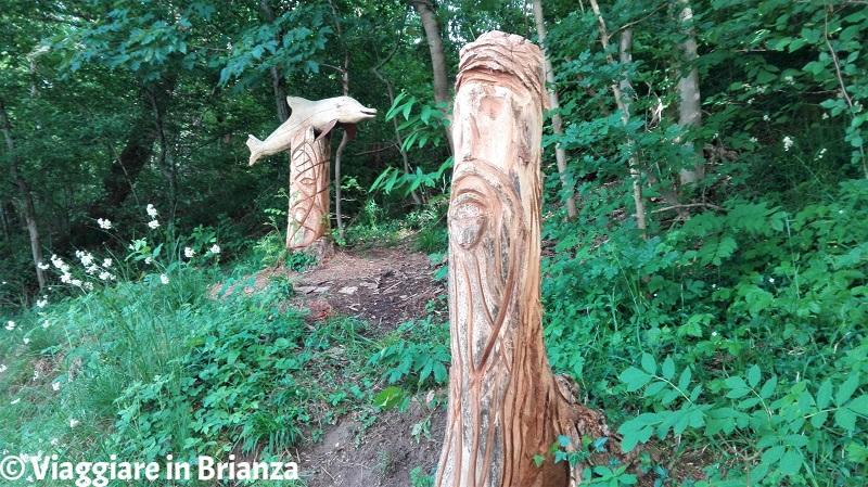 Casletto, sculture in legno
