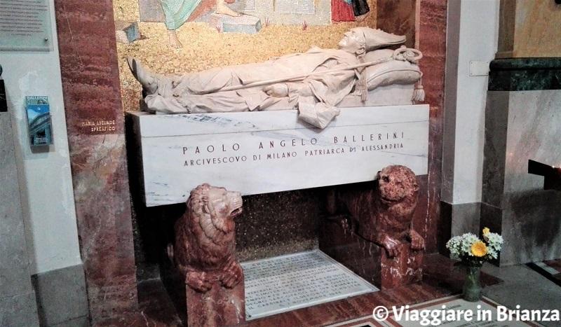 La tomba di Monsignor Ballerini a Seregno