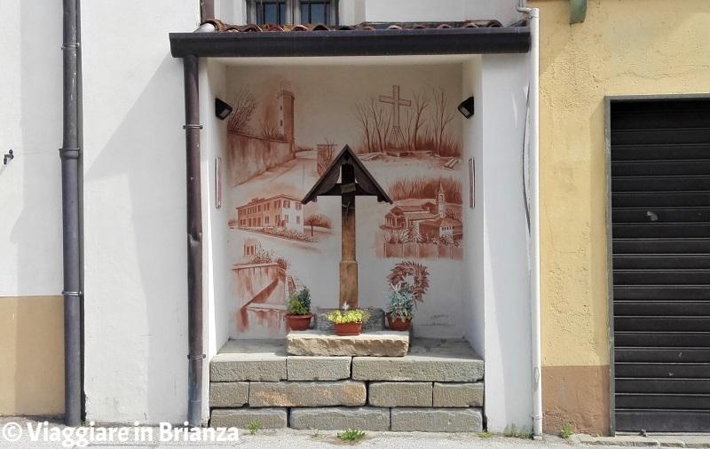 Viganò, l'edicola sacra