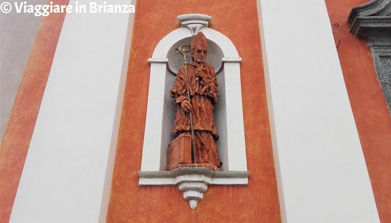 La statua del Beato Scalabrini nella chiesa di Socco a Fino Mornasco