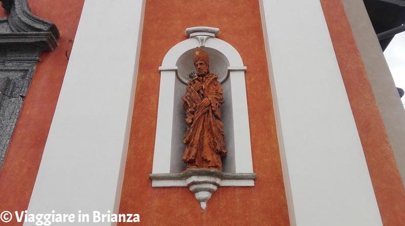 La statua di San Biagio nella chiesa di Socco a Fino Mornasco