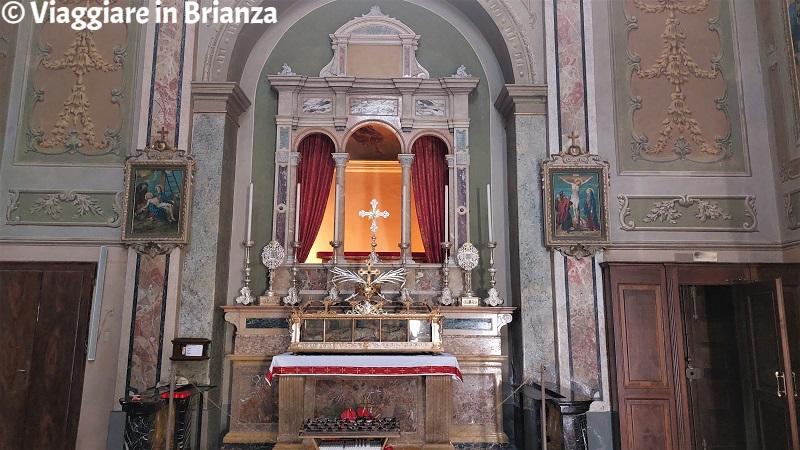 Altare di Sant'Ippolito nella Chiesa dei Santi Ippolito e Cassiano a Rogeno