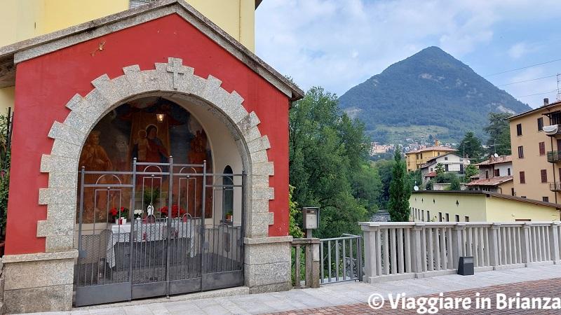 Cosa fare a Ponte Lambro, la cappella con la Madonna del Bambino, San Rocco e San Sebastiano