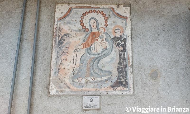 Cosa fare a Ponte Lambro, la Madonna del Rosario con Sant'Antonio