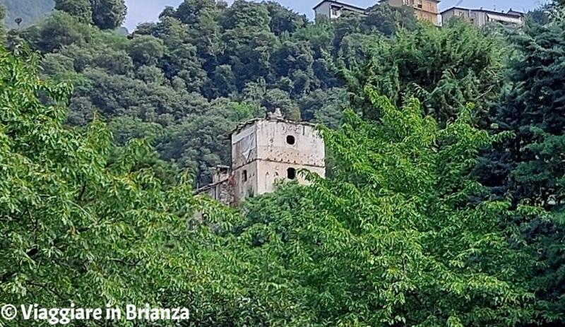 Cosa fare a Ponte Lambro, la Torre di Mazzonio