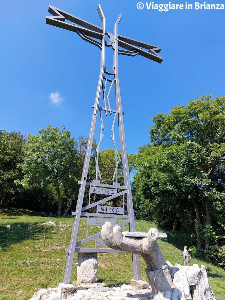 La Croce Pessina a Erba sul Monte Panigas da Crevenna