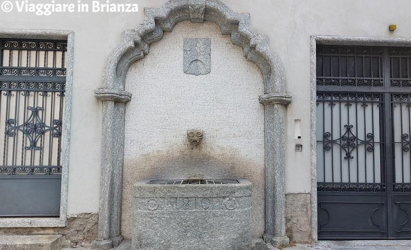 La fontana di Ponte Lambro in piazza Vittorio Veneto