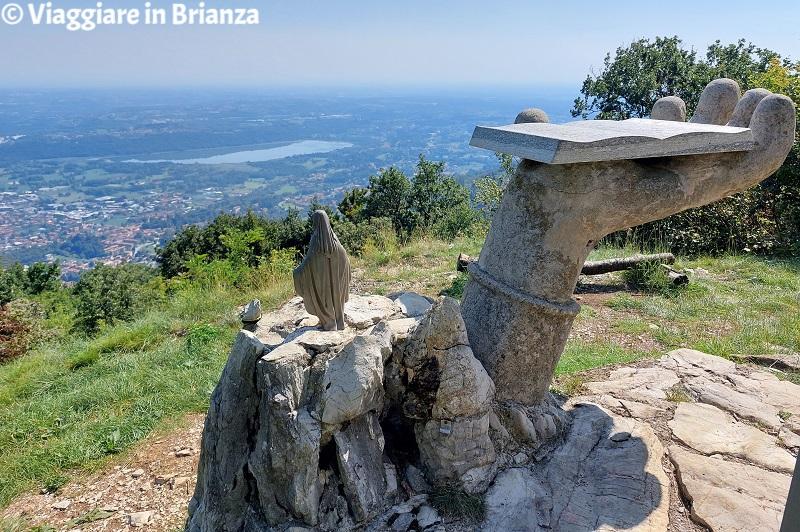 Il paesaggio dalla Croce Pessina a Erba sul Monte Panigas