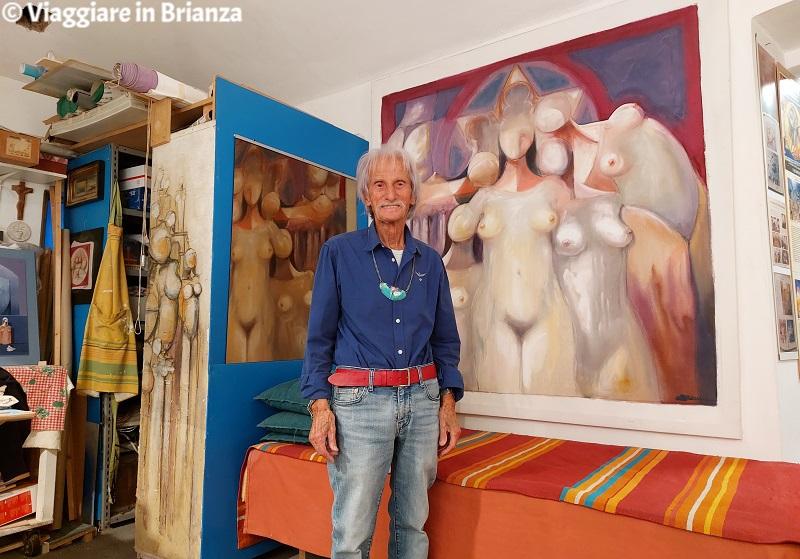 Carlo Brenna nel Cortile degli Affreschi a Giussano