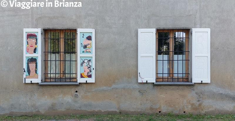 Le persiane colorate di Cascina Villarosa